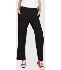 pantalón negro nylon