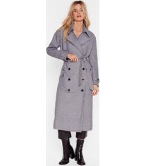 moment of houndstooth belted trench coat