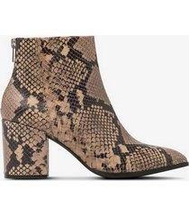 boots jillian snake