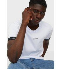 calvin klein logo cuff t-shirt t-shirts & linnen white