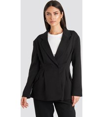 na-kd classic gathered waist blazer - black