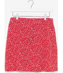 womens my slit on the side floral mini skirt - red