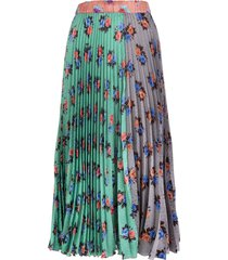 pleated patchwork skirt with floral pattern