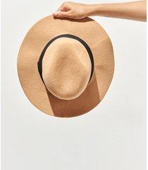 sombrero beige 47 street  roma