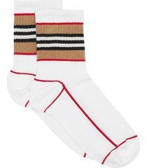 burberry icon stripe intarsia cotton blend ankle socks - white