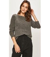 noisy may - sweter