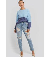 na-kd high waist ripped mom jeans - blue
