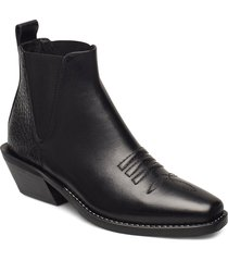 sally shoes boots ankle boots ankle boots with heel svart nude of scandinavia