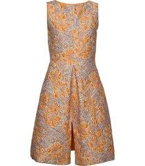 3381 - jaden korte jurk oranje sand