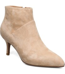 stb-valentine s shoes boots ankle boots ankle boots with heel beige shoe the bear