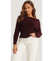 na-kd off shoulder knitted sweater - red