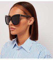 le specs women's hidden treasure cat eye polarised sunglasses - black