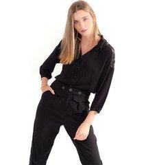 camisa para mujer color negro, manga larga, cuello  en v y botones frontales color-negro-talla-s