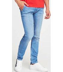 jeansy fason super skinny