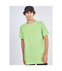 camiseta verde neon hiking