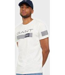 gant d1. 13 stripes ss t-shirt t-shirts & linnen eggshell
