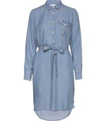 essential dress jurk knielengte blauw lee jeans