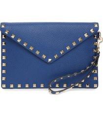 valentino garavani medium rockstud leather envelope pouch - blue