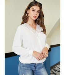 yoins blusa cruzada de encaje de crochet blanco