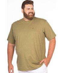 camiseta longford gola careca plus size - verde - masculino - dafiti