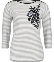 betty barclay - 4775 0525 - gestreepte shirt met blauwe bloem