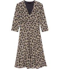 v-neck 3/4 sleeve dress in navy floral
