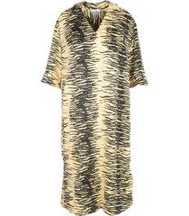 ganni crinkled satin oversized v neck s/s dress