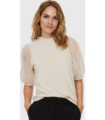 blusa vero moda crudo - calce regular