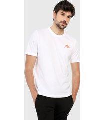 camiseta blanco-naranja adidas performance essentials logo