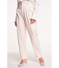 kremowe spodnie sztruksowe brook angora