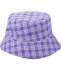 sombrero violeta kabra kuervo joker