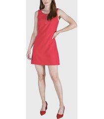 vestido ash liso con cierre en escote rojo - calce regular