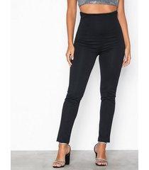 nly one shape high waist pant byxor svart