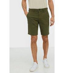 lyle & scott chino short shorts green