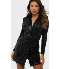 nly one sequin blazer dress paljettklänningar