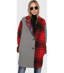 abrigo negro-blanco-rojo desigual