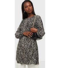 jacqueline de yong jdyboa plisse dress jrs exp loose fit dresses