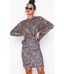 nly trend cozy print skirt minikjolar