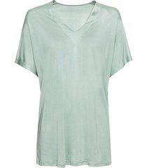 t-shirt van bio-zijden jersey met wijde v-hals, waterblauw 36/38