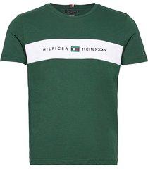 new logo tee t-shirts short-sleeved grön tommy hilfiger