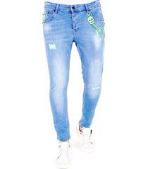 local fanatic licht jeans met verfspatten 1027