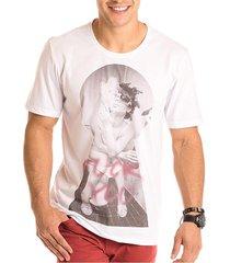 camiseta masculina smoking estampa frontal ecolã³gica - area verde - multicolorido - masculino - dafiti