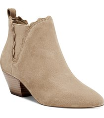 women's sole society candrah bootie, size 5 m - brown