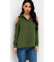 camisa lisa con cuello clásico y hombros descubiertos con dobladillo alto y bajo verde militar