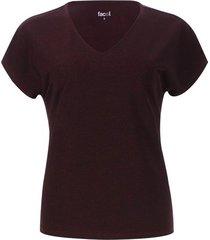 camiseta unicolor escote en v color vino, talla 10