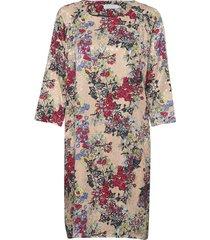 dress in winter berry print w. ragl knälång klänning multi/mönstrad coster copenhagen