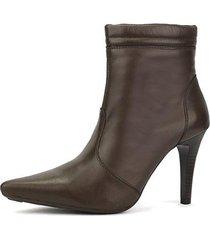 ankle boot em couro sapatofran bico fino feminina - feminino
