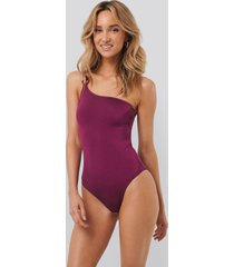 trendyol detailed one-shoulder swimsuit - pink