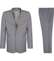 traje gris pierre d'agostiny línea europa