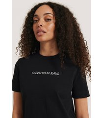 calvin klein shrunken institutional logo tee - black